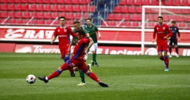 El Numancia gana al Racing Ferrol y da otro paso adelante
